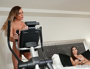 Nikki-Jade_Melanie-Brooks_workout-sluts