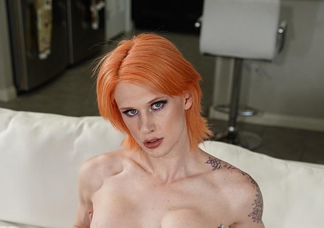 Zoey-Foxx_Kellie-Shaw