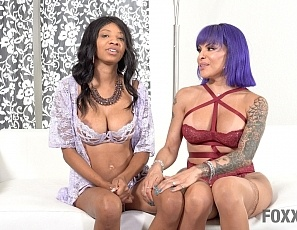 club_foxxy_september_reign_behind_the_scenes