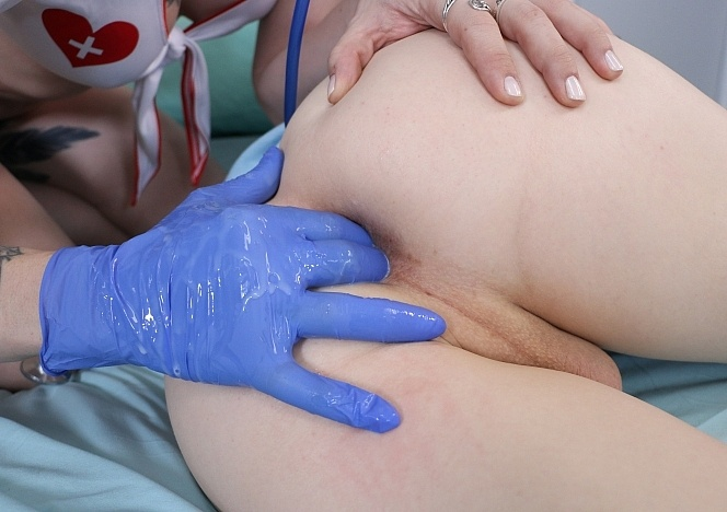 lena-kelly_0009-nasty-fisting-nurse